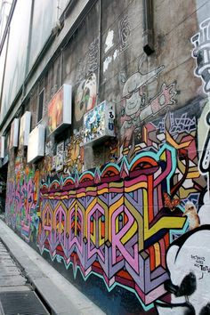 Melbourne. Explore the streets & be inspired by street art