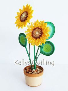 This Quilling Flower Pot is original designed by Kelly Sng. On this video, you will learn how to make a Flower pot. Diy Quilling Crafts, Quilling Dolls, Paper Quilling Flowers, Quilling Work, Paper Quilling Jewelry, Paper Quilling Designs, Quilling Patterns, Paper Art Projects, Paper Crafts