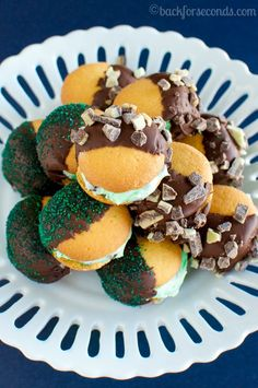Easy No Bake Mint Chocolate Chip Cookies