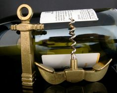 Vintage barware. Mini brass corkscrew in a form of an anchor. Made in 1970s. A rare, unique and very decorative item. In excellent vintage condition. Please see the pictures for details.  Anchor: 100mm x 80mm (3.94 x 3.15) Screw: 43mm (1.69)   ******************************************************************************  Please do not hesitate to contact for any further details.  Also please check the shop policies. This will help to avoid any misunderstanding in communication…