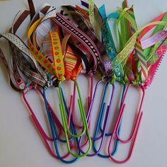 Easy, cute - make reading more fun - DIY bookmarks. a Paperclip & pretty ribbon.