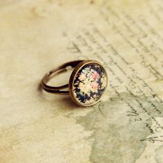 Vintage Tiny Floral Print Alloy Faux Gem Ring For Women Jewelry Box, Jewelry Accessories, Fashion Accessories, Fashion Jewelry, Diamond Are A Girls Best Friend, Vintage Floral, Floral Prints, Gender, Vintage Fashion