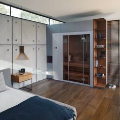 The first sauna that really fits in every home. - With its extendable zoom sauna KLAFS has impressively demonstrated that the sauna bath in your - Home Spa Room, Spa Rooms, Saunas, Ideas Armario, Diy Furniture Videos, Sauna Design, Studio Apartment, Jacuzzi, Building A House