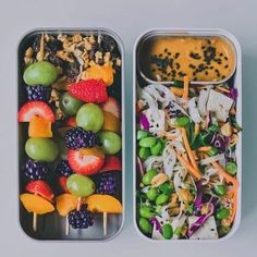 Vegan Thai Noodle Salad with Fruit Skewers | The Green Loot #vegan #bento