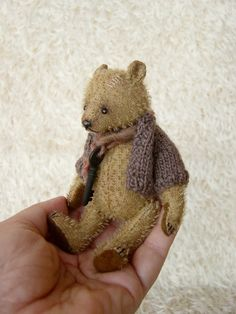 Mitya is a hand sewn fully jointed miniature teddy bear that has been constructed in a ultra sparse mohair. Standing 5 , cm tall, she has Old Teddy Bears, Vintage Teddy Bears, My Teddy Bear, Vintage Toys, Tiny Teddies, Love Bear, Bear Doll, Paperclay, Old Toys