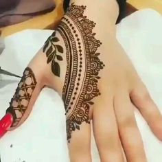 Awesome Step by Step Mehndi Designs with Videos for All Type Functions - 2019 Easy Mehndi Designs, Latest Mehndi Designs, Bridal Mehndi Designs, Henna Tattoo Designs Simple, Finger Henna Designs, Arabic Henna Designs, Mehndi Designs For Girls, Mehndi Designs For Beginners, Mehndi Design Photos