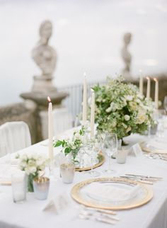 Amalfi Coast Wedding Editorial #tablescapes. Photography: KT Merry Photography - ktmerry.com