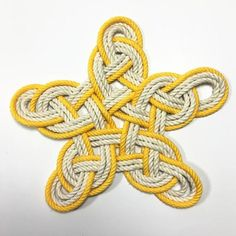 Nautical Woven Star, Cotton Knot for Christmas Tree Topper or Home Decoration - Mystic Knotwork nautical knot Nautical Colors, Nautical Knots, Celtic Heart Knot, Celtic Knot Bracelets, Christmas Tree Toppers, Christmas Ornaments, Victorian Christmas Tree, Rope Rug, Decorative Knots
