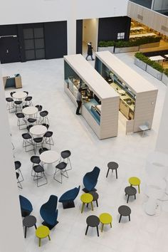 How to design an outstanding office cafeteria – With pictures!
