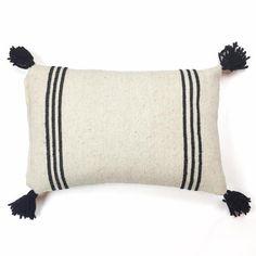 Tres Rayos Wool Pillow