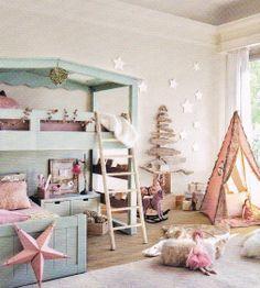 What a dream room #bedroomdesign #kidsbedroom #sweetdesignideas #moderndesign #kidsroom #girlsroom. Discover more inspirations at www.circu.net