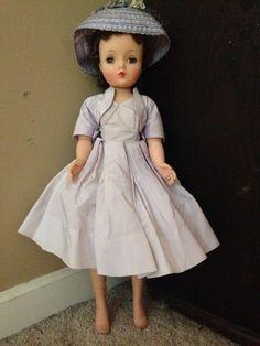 "Vintage Cissy Madame Alexander 20""Brunette Doll & Original Lavender Accessories #DollswithClothingAccessories"