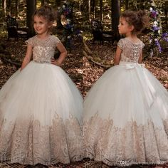 Cute A-Line Flower Girl Dresses Short Sleeves Lace Applique Buttons Girls Pageant Dress Sash Crystal Floor Length Graduation Gowns