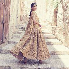@sonamkapoor on @bazaarbridein Outfit - @rohitbal_ Jewelry - #KalyanJewellers Styled by - @divyakdsouza