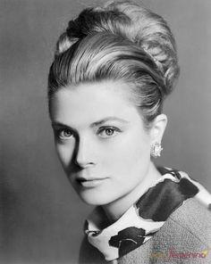 Grace Kelly, la mujer de la realeza más bella del mundo