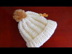 """Gorros imitación """"punto elástico"""" en 2 agujas pero tejido a CROCHET - Tejiendo Perú - YouTube Bonnet Crochet, Crochet Beanie Hat, Crochet Cap, Love Crochet, Crochet Stitches, Knitted Hats, Baby Patterns, Knitting Patterns, Crochet Patterns"""