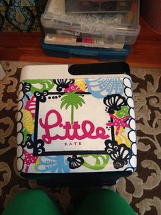 Cooler painting Instead of little, my name Sorority Paddles, Sorority Crafts, Sorority Canvas, Sorority Recruitment, Sorority Life, Hand Painted Coolers, Coolest Cooler, Diy Cooler, Cooler Connection