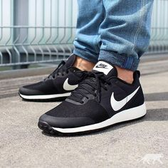 Fall Shoes, Winter Shoes, New Shoes, Comfy Shoes, Cute Shoes, Casual Shoes, Sneakers Mode, Sneakers Fashion, Zapatillas Nike Cortez