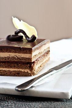 { a swoonful of sugar } : Classic Opera Cake