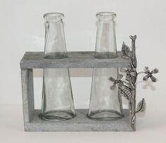 Création originale et artisanale pièce unique en étain fin massif //http://www.boutique-etain.fr/ensemble-deux-vases-moderne-3086-p.asp