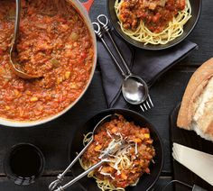 Slow Cooker Bolognaise - Two meals sorted in one go! This double recipe serves eight or you can save half to use in lasagnes, moussakas or tacos later in the week. Slow Cooker Recipes, Gourmet Recipes, Whole Food Recipes, Cooking Recipes, Healthy Recipes, Easy Recipes, Slow Cooking, Beef Recipes, Dressings