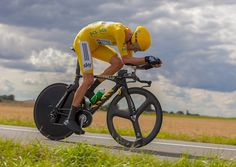 """Is Bradley Wiggins the new Lance Armstrong? -- Bradley Wiggins has come under scrutiny this week after it was revealed he'd used performance enhancing drugs to """"put him back on a level playing field"""" with other athletes not using performance enhancing drugs. It seems that Mr. Wiggins injectedtriamcinolone, a super... -- #BradleyWiggins, #Doping -- http://wp.me/p7GOKB-1AT"""