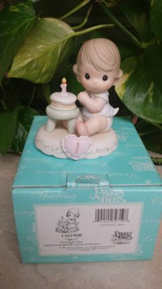 PRECIOUS-MOMENTS-GROWING-IN-GRACE-AGE-1-136190B-BABY-W-HER-1ST-BIRTHDAY-CAKE