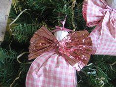 Adornos de Navidad Ángel rosa y adornos de árbol por SnowNoseCrafts