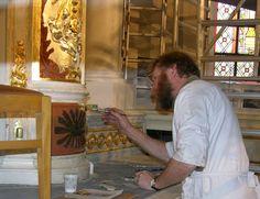 """Frederik Cnockaert geeft regelmatig lezingen op aanvraag , """"in zijn restauratieatelier"""" of op een gewenste locatie. De inhoud van een lezing wordt steeds aangepast aan de doelgroep. Met onderwerpen zoals Kunst en vervalsing ! Hoe herken ik ouderdom en  origineel – kopie- Kunst – kitsch,  de kunst restaurateur in de praktijk. Na afloop kan de restaurateur-conservator vrijblijvend kunstwerken die de aanwezigen hebben meegebracht professioneel expertise. Meer info v mail…"""