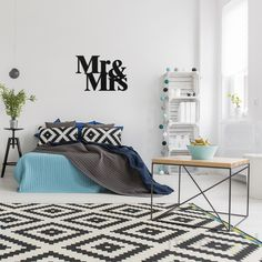 Sticker citation Wild and free – Stickers Citations Anglais - Ambiance-sticker Mr Mrs, Gray Bedroom, Modern Bedroom, Homey Kitchen, Geometric Painting, Abstract Art, Simple Furniture, Studio Interior, Plant Shelves