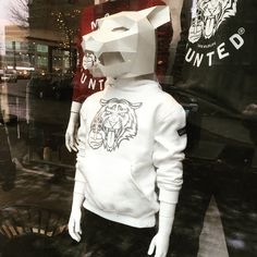 It's gonna be a white and warm Xmas with this kids hoodie. Available for kids aged 5-14 year at STIJLdepartment. #whitechristmas   #mosthunted #tigerdesign #hoodie #white #shootback #savewildlife #concepstore #stijldepartment #amsterdam #cosy #comfortable #awesome #beastlygood #streetwear #streetstyle #kidsstyle #kidswear #teenwear #teenstyle #awarenessfashion #fashionwithapurpose #endextinction #dosometing #jointhepack mosthunted.com #beastlygoodstreetwear