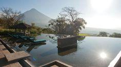 La Reunion Golf Resort & Residences (Guatemala) pool with views of volcanoes? book my room!