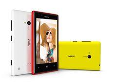 Lumia 720 cho tín đồ thời trang   Bên cạnh xu hướng thời trang trẻ trung với những chiếc túi xách trong suốt, ví cầm tay gọn nhẹ, sắc màu color block từ trang phục đến phụ kiện thì chiếc điện thoại Lumia 720 cũng là một điểm nhấn mà các bạn trẻ khó bỏ qua.