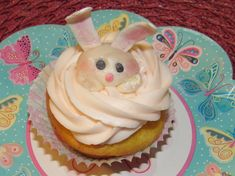 Gumpaste bunny for Easter Decoration. Cupcake Decorations, Easter Cupcakes, Gum Paste, Bunny, Desserts, Food, Tailgate Desserts, Cute Bunny, Deserts