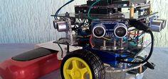 Construye un robot limpiador con Arduino #arduino #robot Drones, Arduino, Raspberry Pi, Artificial Intelligence, Robots, Cnc, 3d Printer Projects, Leaves, Classroom