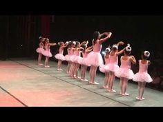 Iasmin Almeida - apresentação de balé - Nada além de Ti