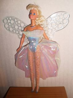 pretty sure I had a friend with this doll. Childhood Memories 90s, Childhood Toys, 90s Toys, Retro Toys, Barbie Sets, Barbie Dolls, Vintage Barbie, Vintage Dolls, Mermaid Barbie