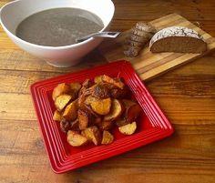 https://flic.kr/p/wJ1FJi | Vegan lunch - Lentil soup with pan roasted potatoes and fresh bread #vegan #veganeats #vegancook #veganfoodporn #veganfood #foodtube #foodblogger #foodporn #veganism #veganlifestyle #food #foodismedicine #homecooking #cooking #plantbased #organicfood #veg | via Instagram ift.tt/1OS2AQG