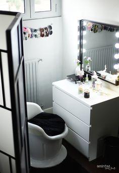 Folding divider, Malm dresser, mirror, Ikea Musik lights