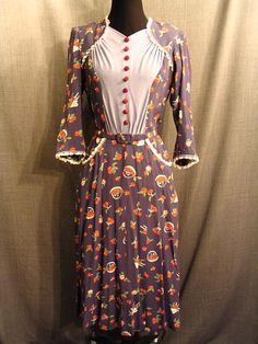 Costumes/20th Century/1930's/Women's Wear/1930's Women's Dresses/09026966 Dress 1930's blue slik, cherry apple print, lace B42 W35