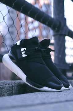 Adidas Originals Y-3 Qasa Black.