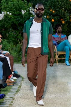 Casablanca Spring 2020 Menswear Fashion Show - Vogue Winter Mode Outfits, Winter Fashion Outfits, Summer Outfits, Casual Outfits, Men's Fashion, Fashion Week, Fashion Show, Modern Fashion, Casablanca