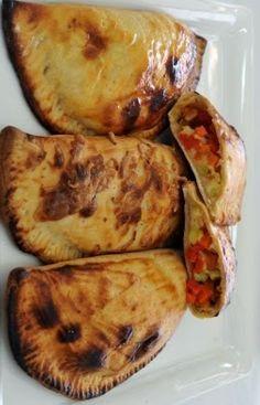 فطائر بالجبن واللحم البارد - .