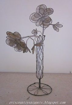 wire base...wire wrapped flowers
