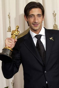Adrien Brody Wins Best Actor for The Pianist 2003