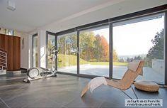Wir verwenden zur Herstellung unserer Aluminiumfenster ausschließlich österreichische Qualitätsprodukte und arbeiten eng mit den Entwicklungsabteilungen unserer Lieferanten zusammen, um Ihnen somit Fenster für höchste Ansprüche bieten zu können. Windows, Windows And Doors, Ramen, Window