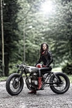 Girl on an old motorcycle: Post your pics! - Page 1080 - ADVrider