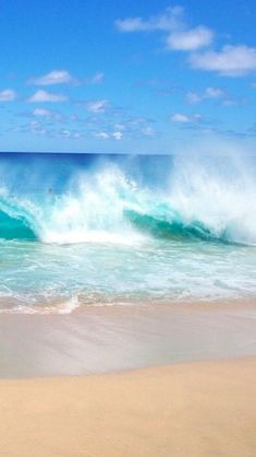 View top-quality stock photos of Ocean Waves Breaking On The Beach Sandy Beach Park Oahu Hawaii Usa. Find premium, high-resolution stock photography at Getty Images. Sea And Ocean, Ocean Beach, Ocean Waves, Beach Waves, Sand Beach, No Wave, Ocean Scenes, Beach Scenes, Dame Nature