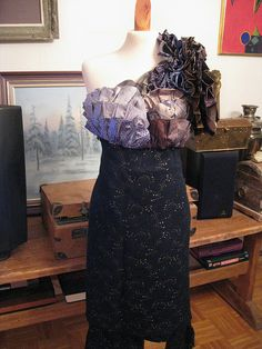 recycled tie dress  bodice. this website has so many old tie ideas