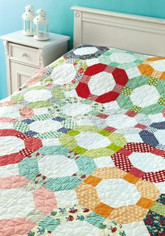 Cheerio Quilt by Camille Roskelley in issue 8 of Love Patchwork & Quilting.